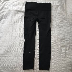 Black Lululemon legging pant